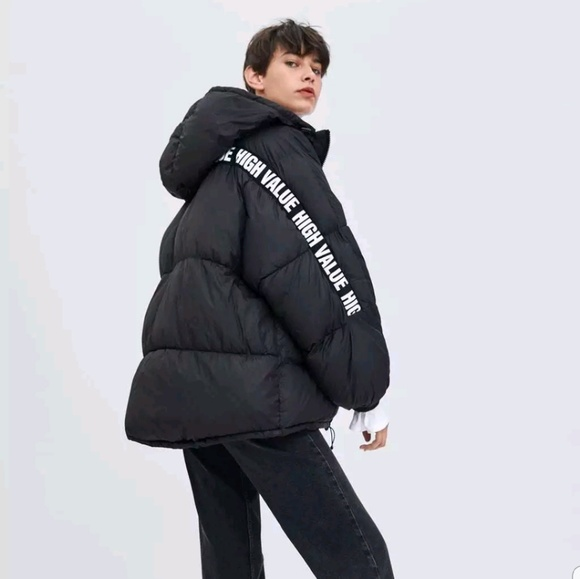 various kinds of run shoes highly praised Zara Oversized puffer Jacket With Strap NWT